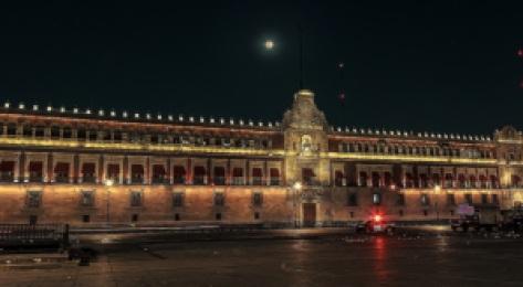 Palacio nacional noche (1)